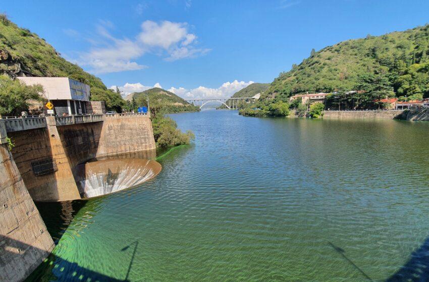 Contaminación en lago San Roque