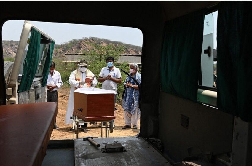 El coronavirus sigue batiendo récords en India y se esperan nuevas olas de contagios