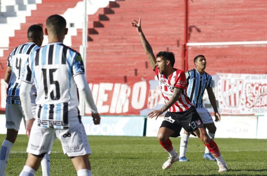 Con dos goles sobre el cierre Instituto y Almagro empataron