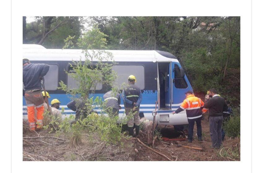 En la localidad de Valle Hermoso descarrillo el Tren de las Sierras